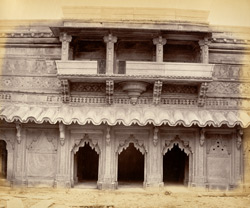 [Facade of a room with verandah in the] Man Mandir Palace, [Gwalior] 9427